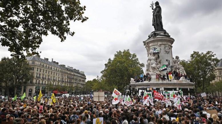 POUR UNE POLITIQUE EUROPÉENNE RESPONSABLE.  BIENVENUE AUX REFUGIÉS.